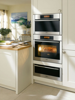 Built-in double electric ovens