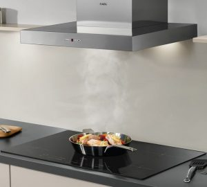 Powerful and efficient kitchen cooker hood