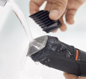 Easy cleaning waterproof body trimmer